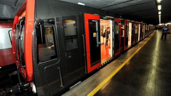 Lieve incidente metro Milano