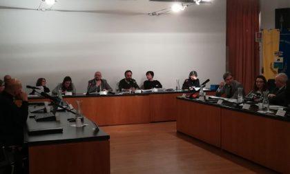 Consiglio comunale a tarallucci e vino (dolce) a Cesano