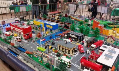 Alcune immagini dalla mostra Lego Mattocinando al Centro