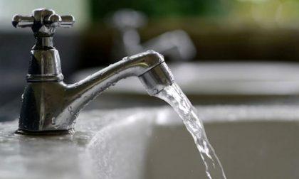 Buccinasco, acqua torbida alla scuola Robbiolo? No, è pulita
