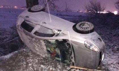 Neve anche oggi ancora disagi e incidenti sulle strade