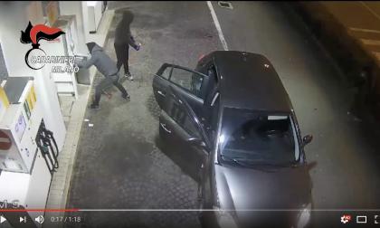 Quindici furti in un mese, fermata la banda dei distributori di benzina (VIDEO)