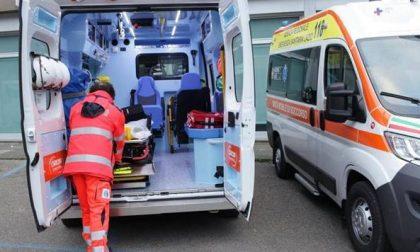 Auto contro moto a Cusago, feriti due minorenni, ma non in gravi condizioni