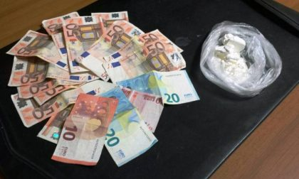 In casa a Rozzano cocaina e 100mila euro: arrestati spacciatori