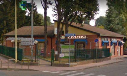 Rapina farmacia a Buccinasco puntando un cacciavite alla gola