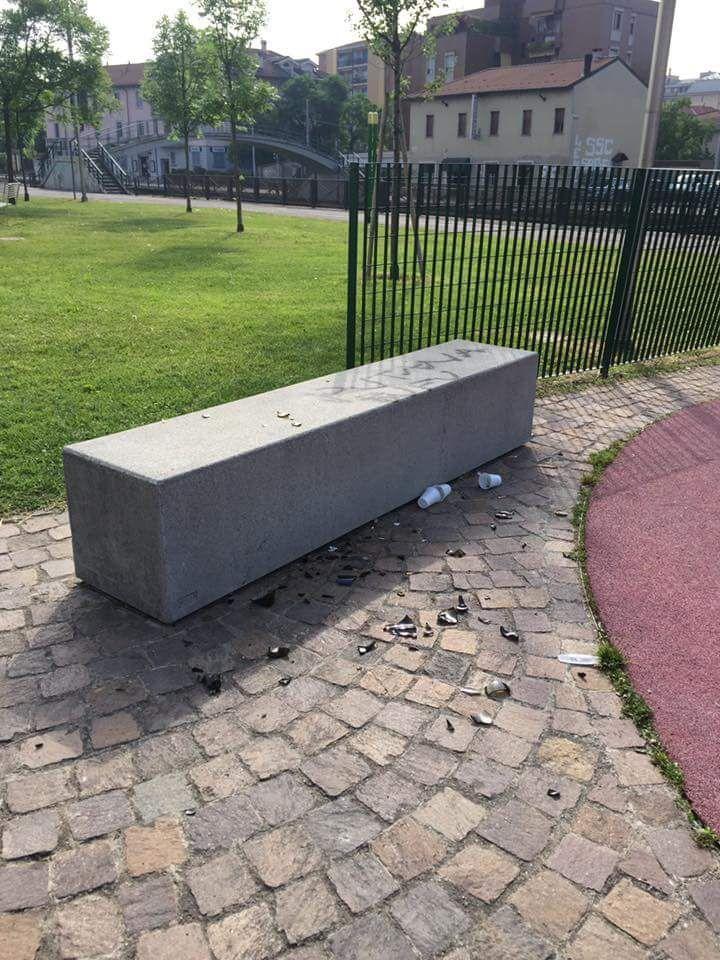 vandali al parco Burgo