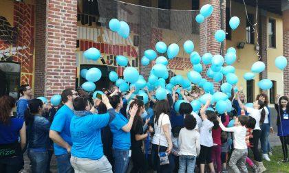 Giochi, colori, palloncini e fiori: Sfidautismo a Buccinasco è un successo (FOTO)