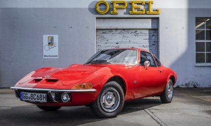 La Opel GT festeggia cinquant'anni di vita