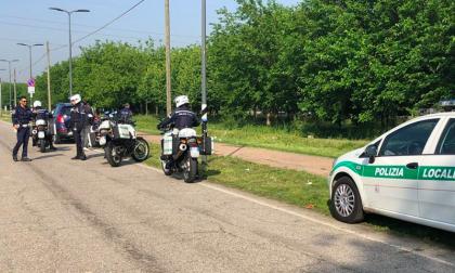 Ancora sul caso della pista ciclabile di Cusago invasa dalle roulotte dei rom