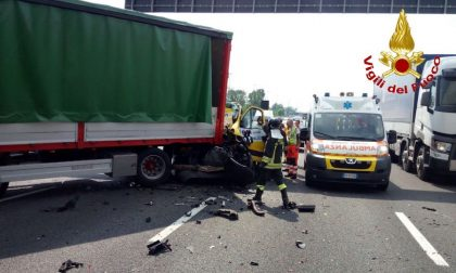 Incidente mortale in A4 tra Rho e la barriera di Milano FOTO