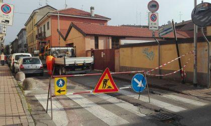 Perdita di gas dalle tubature, via Garibaldi a Corsico chiusa