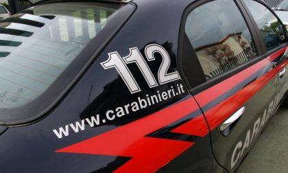 Ruba vestiti, picchia la guardia e si dà alla fuga: 38enne fermato a San Giuliano