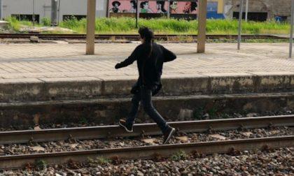Appello del sindaco di Trezzano: Ragazzi, non attraversate i binari