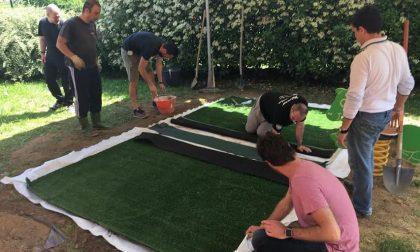 Nuove aree gioco per i bambini dell'asilo: ci pensano genitori e nonni di Noviglio (FOTO)