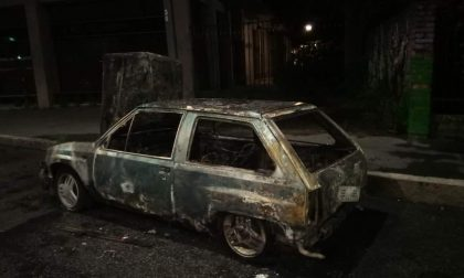 Rubano auto e seminano il panico a Cesano Boscone
