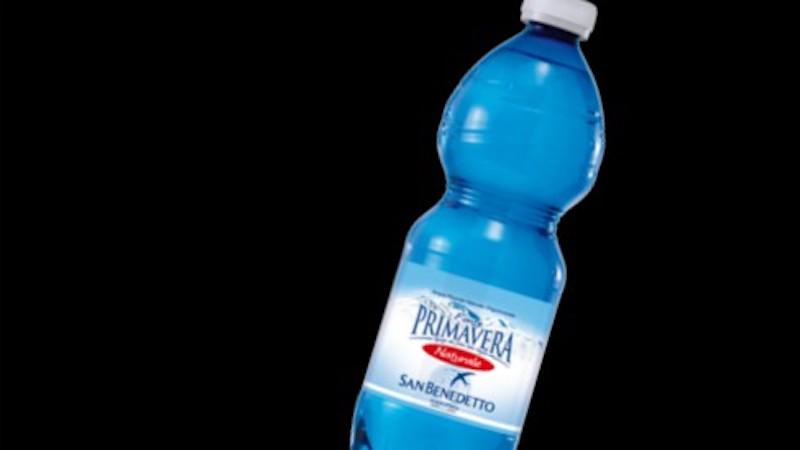 bottiglie acqua San Benedetto