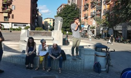Giovani in piazza contro l'indifferenza: il presidio di Controvento – VIDEO