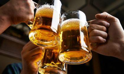 Bere birra e le sue radici nella storia