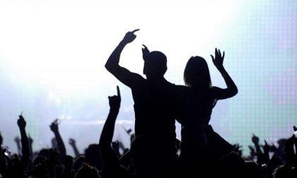 Rave party alla fabbrica Neon di via Buozzi, identificati 77 giovani