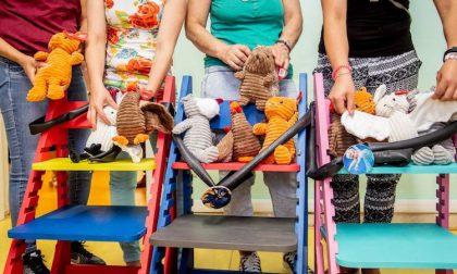 Seggioloni colorati per i bambini mamme detenute