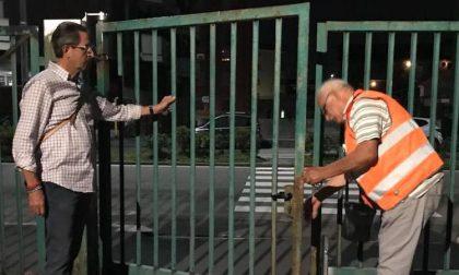 Parchi chiusi di sera a Corsico, cancelli serrati alle 23