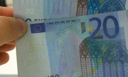 Ruba 20 euro a un bimbo di 8 anni, arrestato