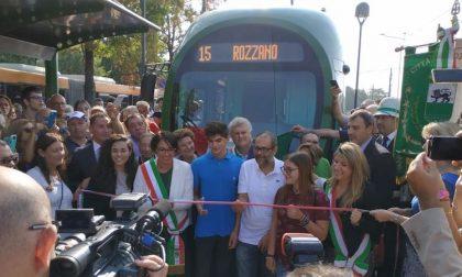 In carrozza: il tram 15 parte dal nuovo capolinea, tra luci e ombre FOTO