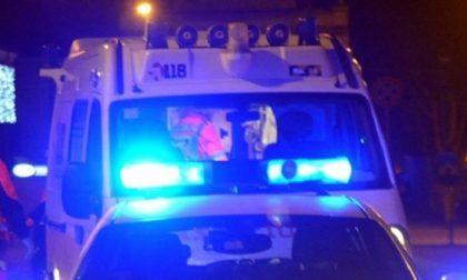 Trovato 30enne accoltellato a morte, indagini in corso