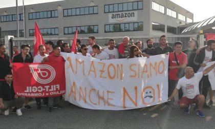 Turni massacranti e umiliazioni: i corrieri Amazon scioperano a Buccinasco FOTO
