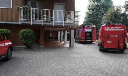 Incendio appartamento in via Di Vittorio: evacuata la palazzina