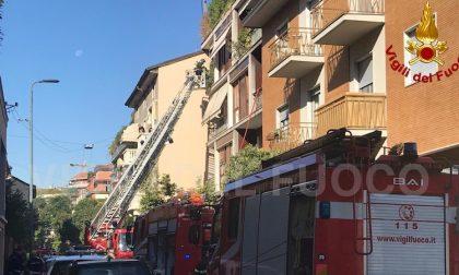 Incendio in appartamento, morto un uomo di 78 anni FOTO