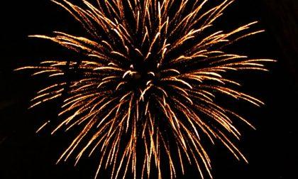 Fuochi d'artificio a Corsico: lo spettacolo blindato divide i cittadini