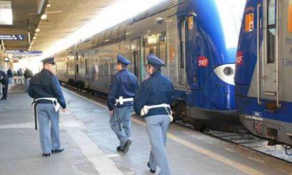 Controlli in Stazione Centrale, arrestata banda per furto di zaini e ricettazione