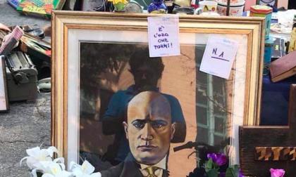 Espone quadro di Mussolini al mercatino delle pulci: espulso per due mesi