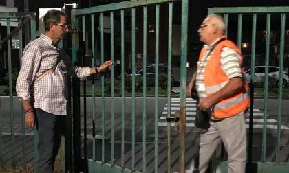 """Colla nelle serrature del Parco della Resistenza. Il sindaco: """"Non ci facciamo intimorire"""""""