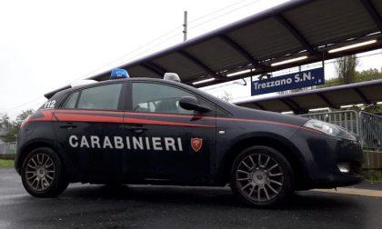 Tenta di violentare una 22enne sul treno: arrestato alla stazione di Trezzano