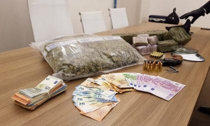 Roulette russa tra giovani per un debito di droga FOTO VIDEO