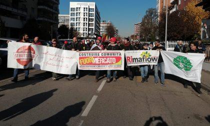 Sfratto RiMaflow rinviato, la gioia dei lavoratori: nasce RiMaflow 2.0 FOTO