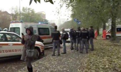 Brusca frenata della metro, diversi feriti | Operazioni ancora in corso