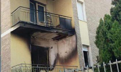Incendia casa in affitto per evitare sfratto: evacuato il palazzo