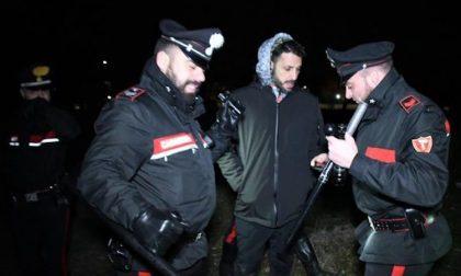 Fabrizio Corona aggredito, era nel bosco della droga con telecamere nascoste
