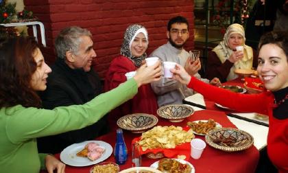 Natale di solidarietà: l'invito della Caritas a ospitare i bisognosi in famiglia