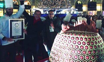 Panettone Record a Milano, il più grande del mondo entra nel Guinness World Record