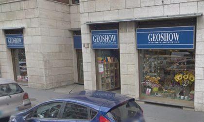 Chiuso Geoshow, giù le saracinesche di un altro negozio in via Lorenteggio