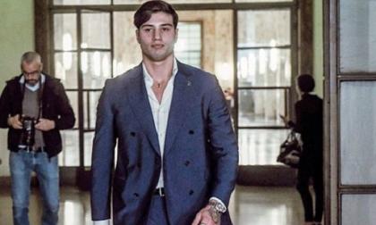 Niccolò Bettarini, accoltellato fuori dalla discoteca: chiede 1 milione di euro di danni