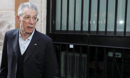 """Umberto Bossi colpito da malore: """"Ora è stabile e reattivo"""""""