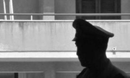 Rapinato nel pomeriggio, 23enne si suicida poco dopo buttandosi dalla finestra