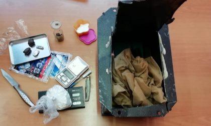 Nascondono droga nella cassaforte: arrestati due fratelli