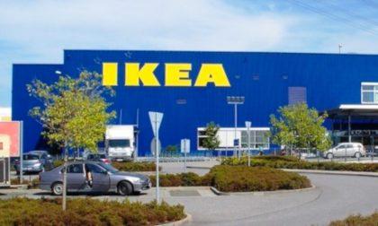 30 dipendenti Ikea sospesi: alcuni rubavano mobili cambiando i prezzi