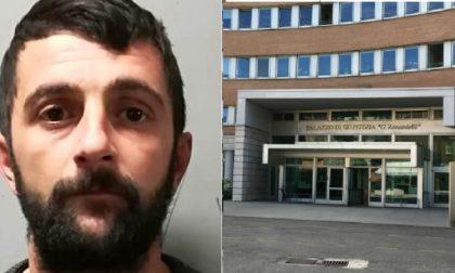Evade dal tribunale e scappa: arrestato su un treno